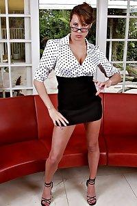 hotlegs-best legs heels and skirts