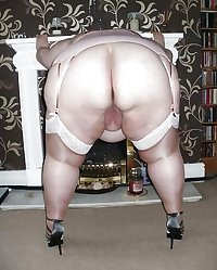 chubby BBW nylon stockings