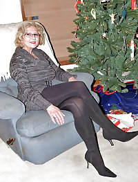 Milf and matures in stockings. Final !
