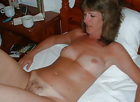Sexy moms, milfs and wives
