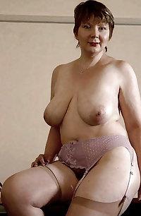 thick hot mature women 021