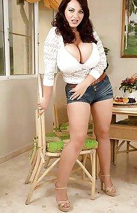 Big Boob Girls Next Door Vol 1