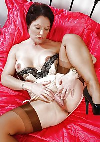 Milfs and matures 2