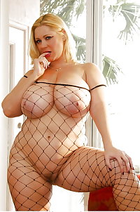 Porn starts Huge Boobs Mix