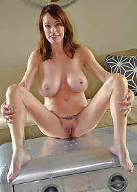 Sexy hot naked milf & mature sluts