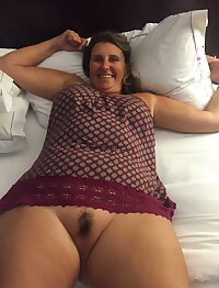 Amateur Mature Sexy Wives 59