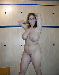 Amateur Mature Sexy Wives 9