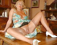 Amateurs only by sonia OOOHHH  HOT MILFS XXXX