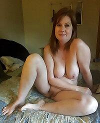 Sexy hot naked mature sluts