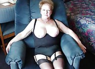 MILFs and GILFs Gallery 1