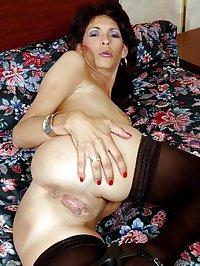 Hot Mature Women 10