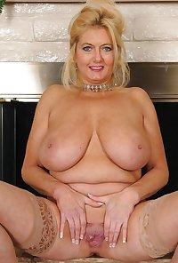 Sexy Mature Women!