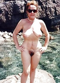Only the best amateur mature ladies at the beach 11.
