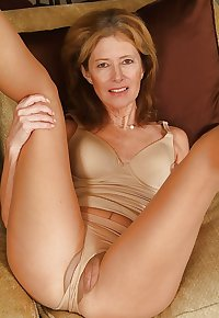 MILFS I WANNA RIDE!