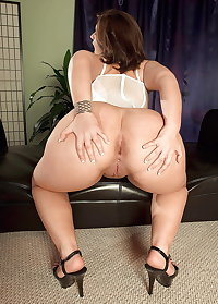 Big ass milfs