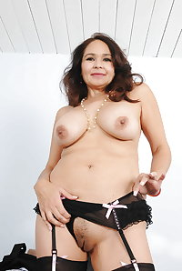 Lovely mature, amateur, women in their 30s, 40s, 50s