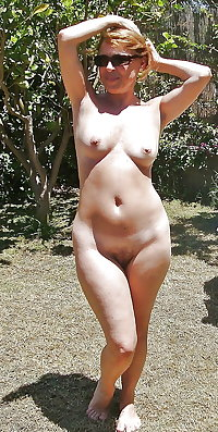 Amateur Mature Sexy Wives 39