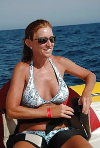 Bikini Moms