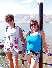 Russian mature moms! Amateur!