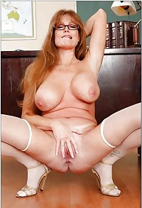 MILF & Mature Spreaders#6 by DarKKo