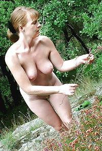 Sexy Busty Mature Milf Kat