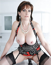 Lady Sonia British MILF. Some Dancia also.