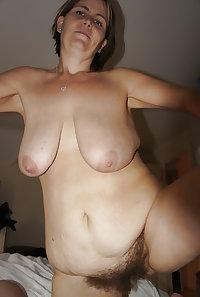 les salopes nues ( milf , cougar )