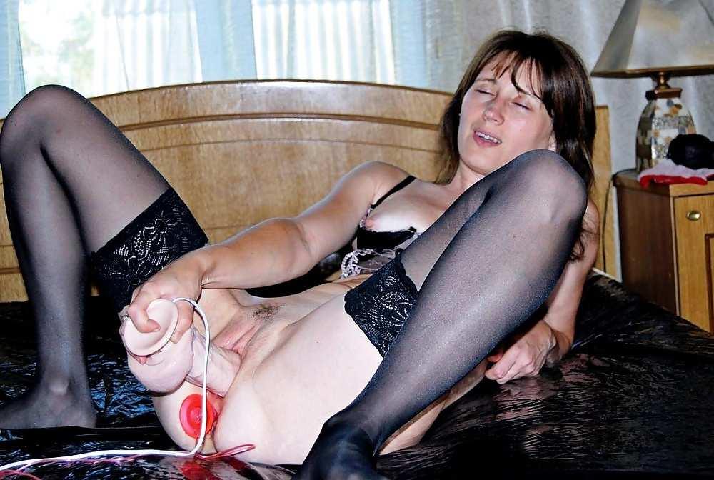 жена зрелая мастурбирует порно фото
